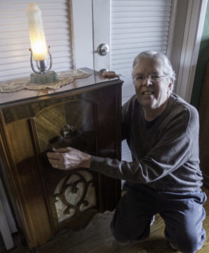 Mike Adams And His Eclectic Radio Collection